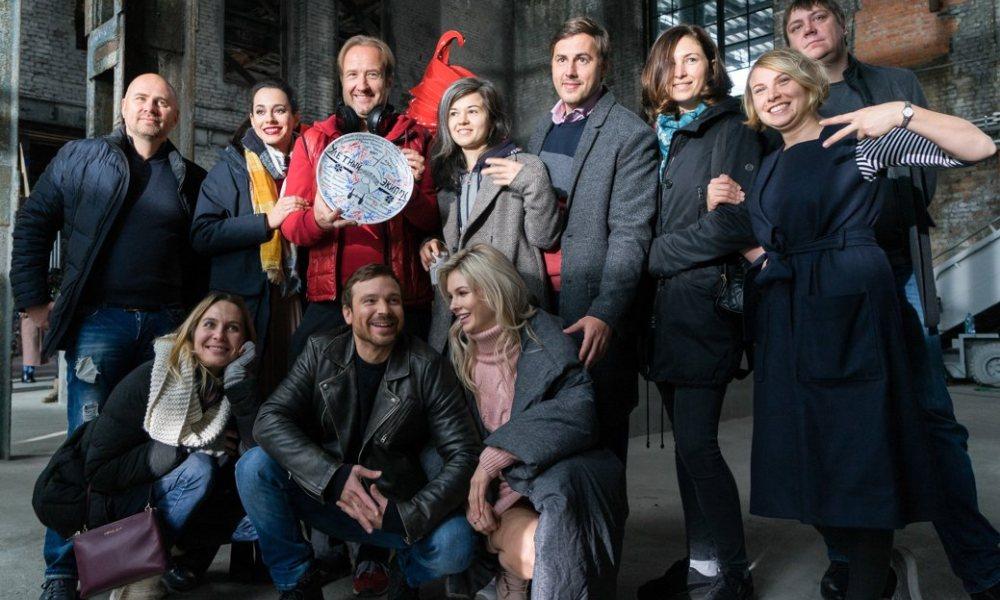 Улётный экипаж 1 сезон, актёрский состав