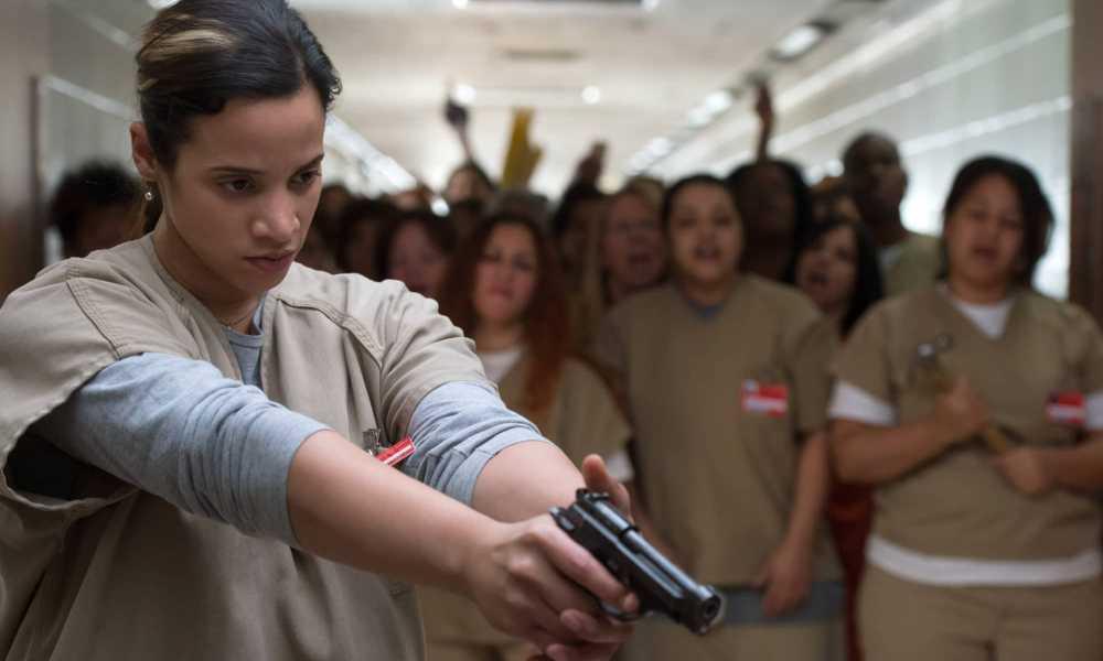 Оранжевый - хит сезона 7 сезон, с пистолетом