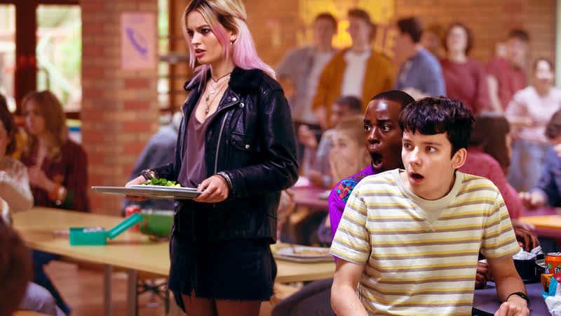 Половое воспитание 2 сезон кадр из фильма