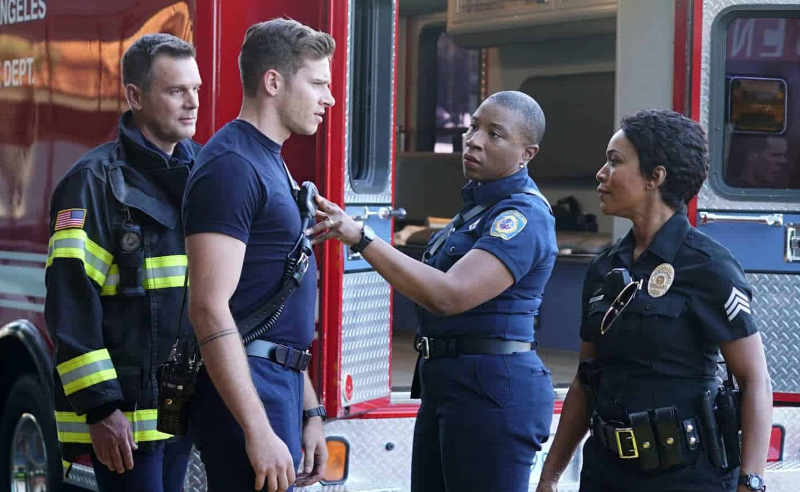 911 4 сезон кадр из сериала