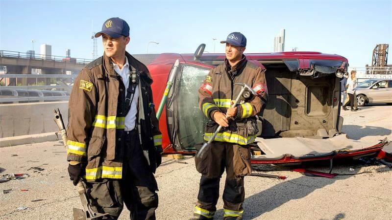 Главные герои Пожарные Чикаго 9 сезон