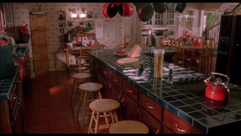 Кухня Один дома 6