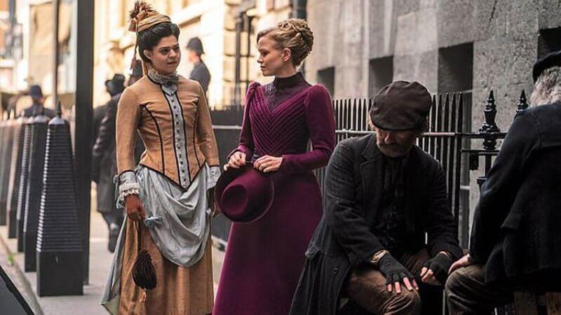 Кадр из сериала Мисс Скарлет и Герцог