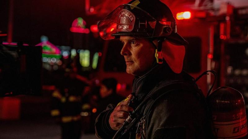 Пожарный 911 служба спасения