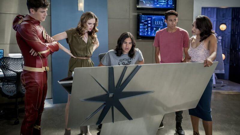 Кадр из сериала Флэш 8 сезон