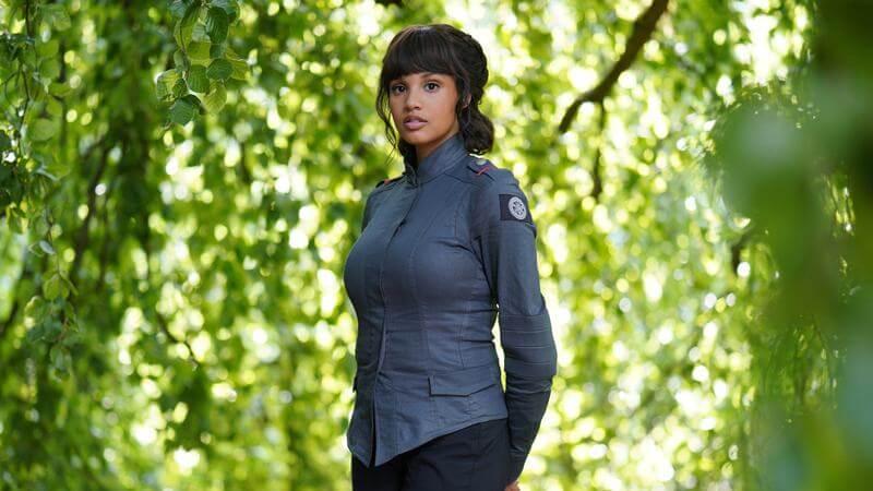 Эшли Николь Уильямс в сериале Родина: Форт Салем 3 сезон
